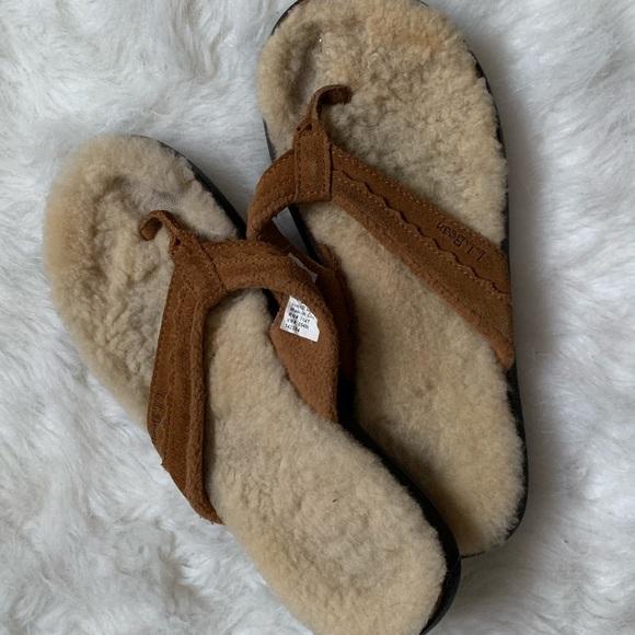 ad86cb26135b L.L. Bean Shoes - L.L. Bean Furry Flip Flop Sandals